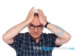 old-man-having-confused-10094861stockimagesfdp